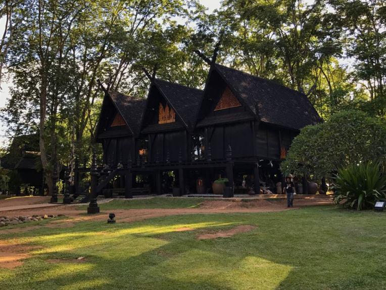 BaanDam-chiang_rai-hotelnews_traveller-
