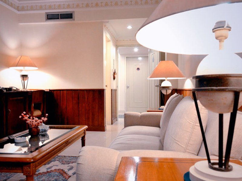 Online Reservation Room