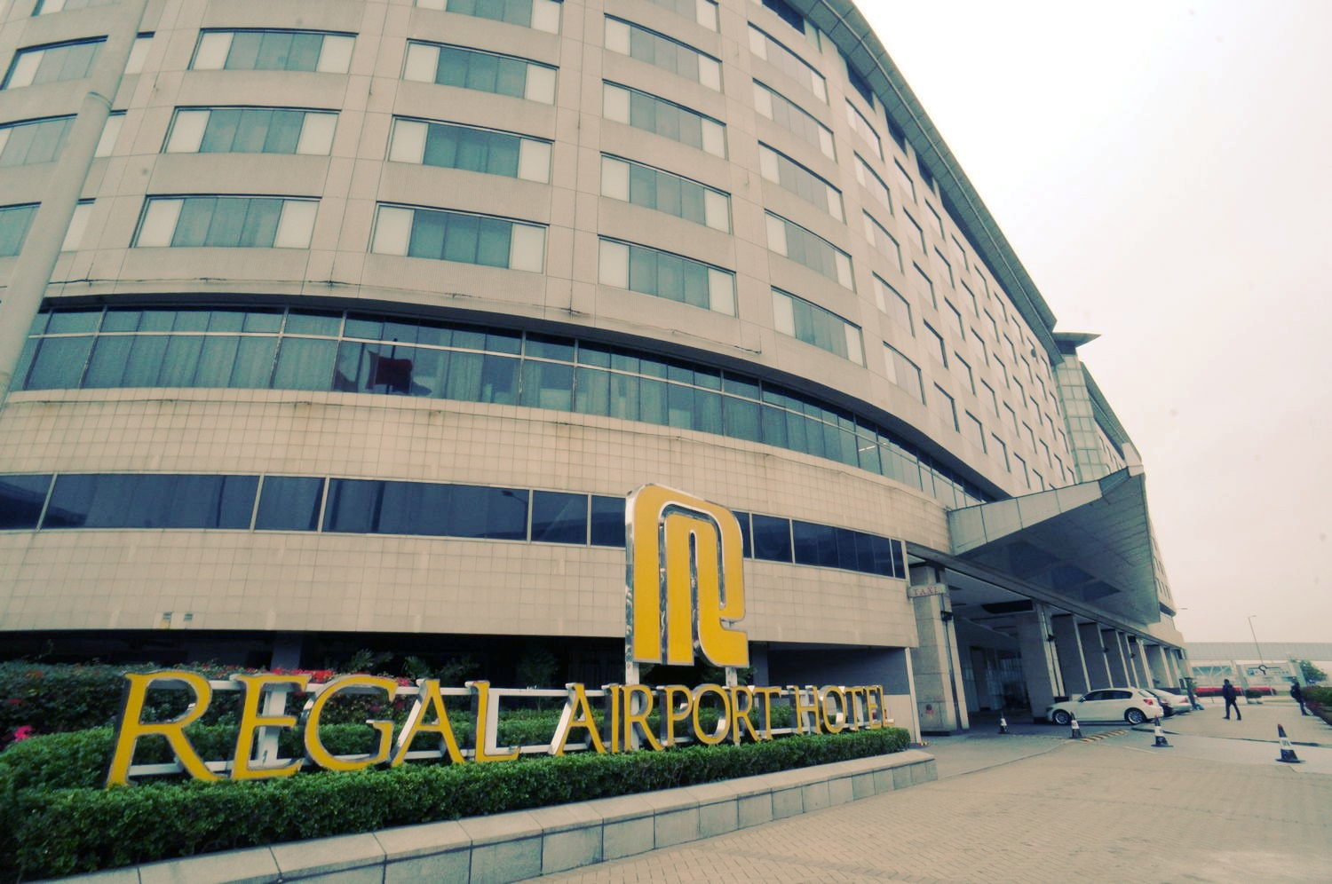 Best Airport Hotel voted by readers of Business Traveller  regal hotel  FlyerTalk Forums