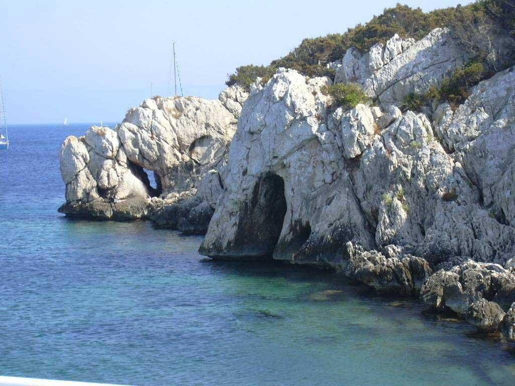Hotel Alghero con piscina vicino alla spiaggia  Hotel Riviera