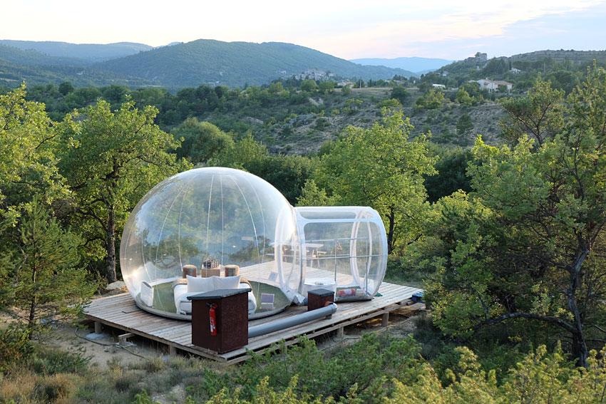 Les Bulles de Forcalquier  Dormir dans une bulle entre
