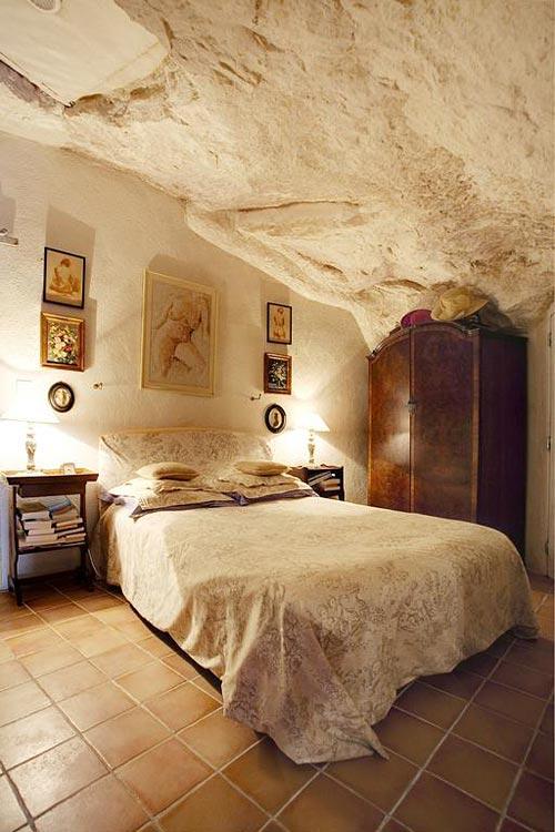 La Cave de lEperon  Hotel troglodyte dans le LoiretCher