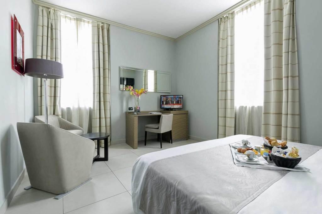 Camera Hotel Palazzo Salgar Napoli
