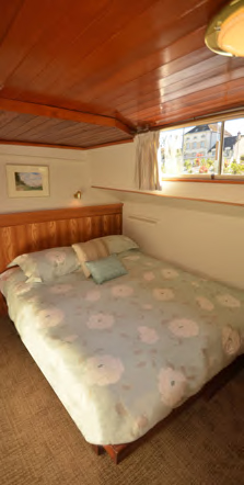 Hotel barge cabins