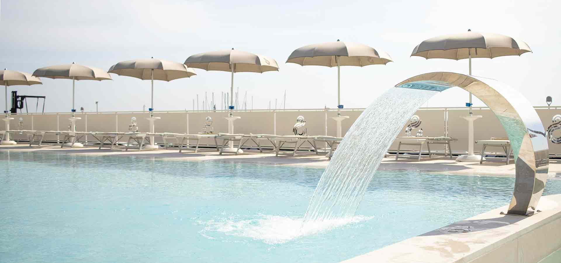 Hotel a Numana con piscina Il soggiorno ideale per te e per i tuoi bambini