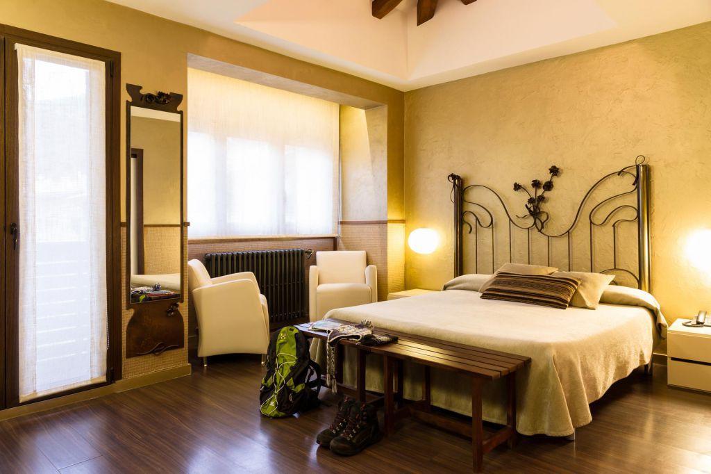 Habitacin Superior con Hidromasaje  Hotel Els Caadors