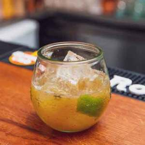 Szene-Drinks_DominikWolf