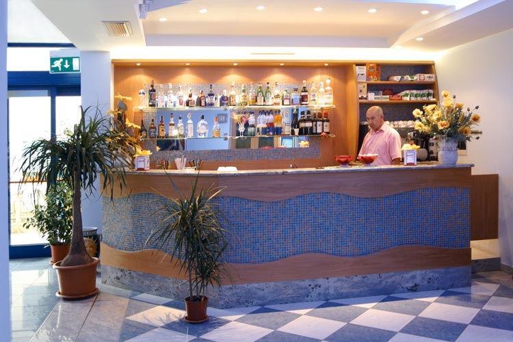 Hotel Smeraldo  Tortoreto
