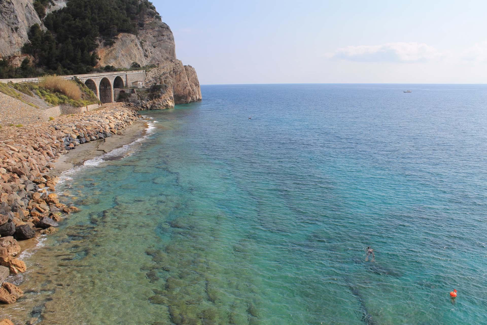 Spiagge Finale Ligure  Hotel Villa Ave a Finale Ligure  Albergo a due passi dal mare in Liguria
