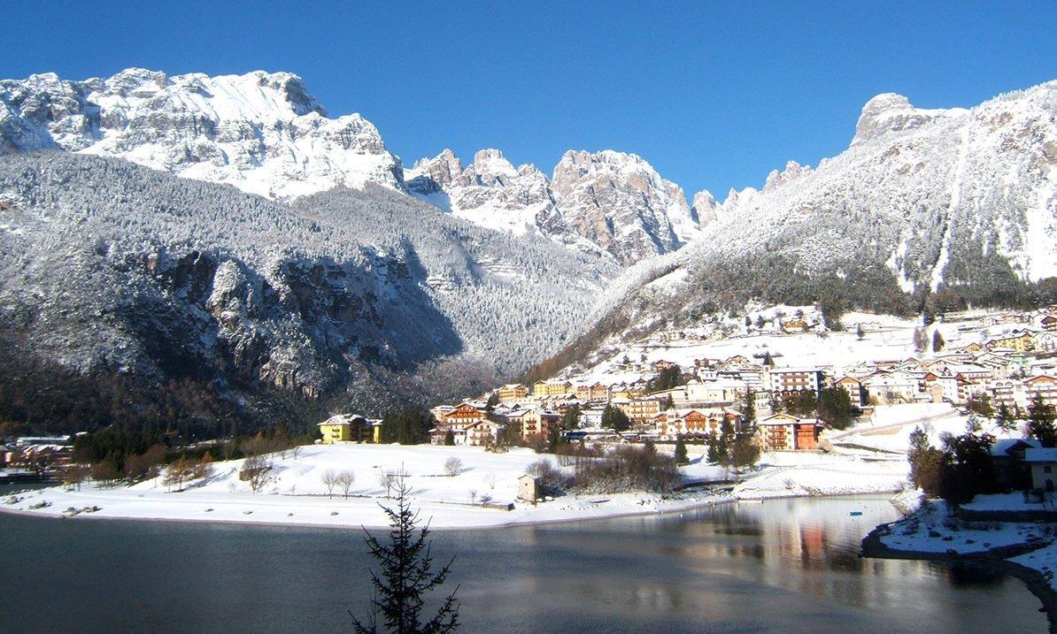 Hotel Zurigo Molveno vacanza in Trentino per tutta la famiglia