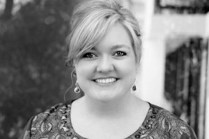 Author Colleen Hoover