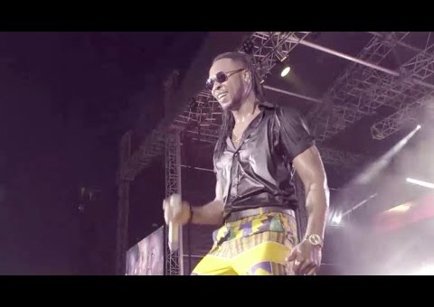 VIDEO: Flavour and Awilo Longomba Perform at Dance Afrique