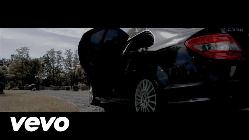 VIDEO: SLEEK – Proceed With Caution