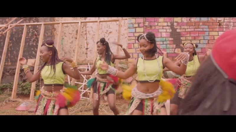 Eddy Kenzo ft Harmonize - Pull Up