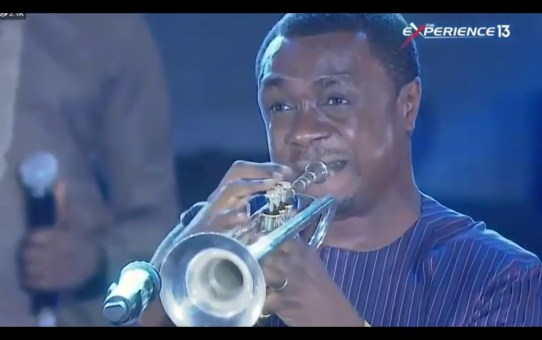 Nathaniel Bassey Performance At The Experience 2018