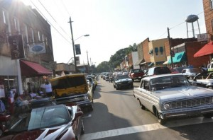 Street scene june op 608x403