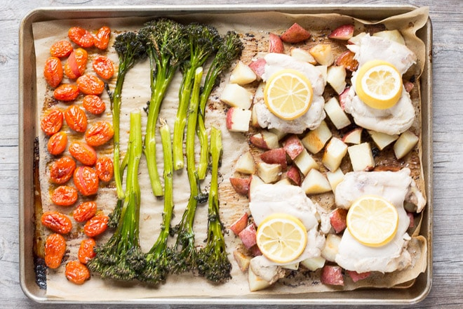 lemon thyme chicken sheet pan dinner - hot pan kitchen