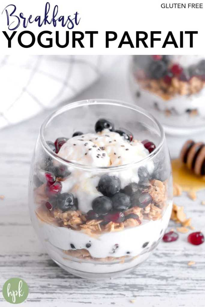 pin for breakfast yogurt parfait