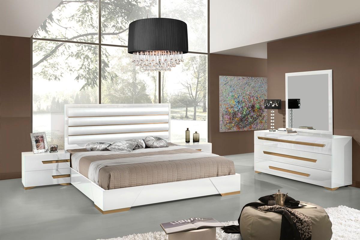 VIG Furniture 5Pc Queen Bedroom Set VGACJULIET  Hot Sectionals