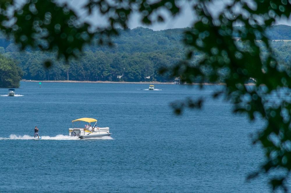Enjoy the Hot Springs Village Lakes & Beaches