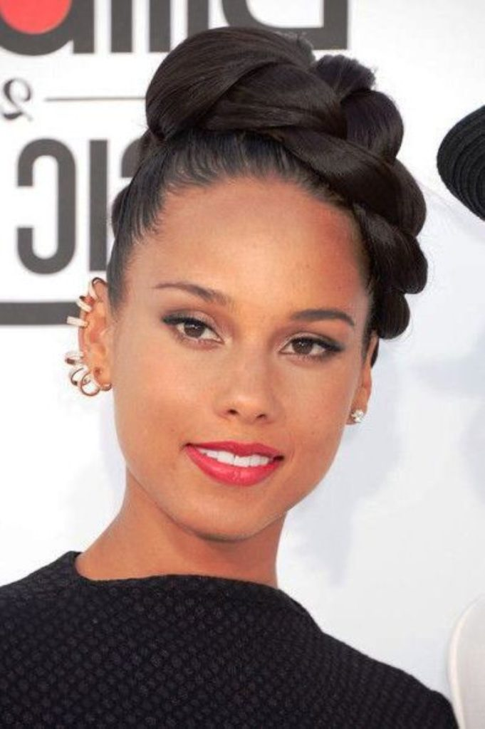 28 Black Wedding Hairstyles For Elegant Appearance Haircuts