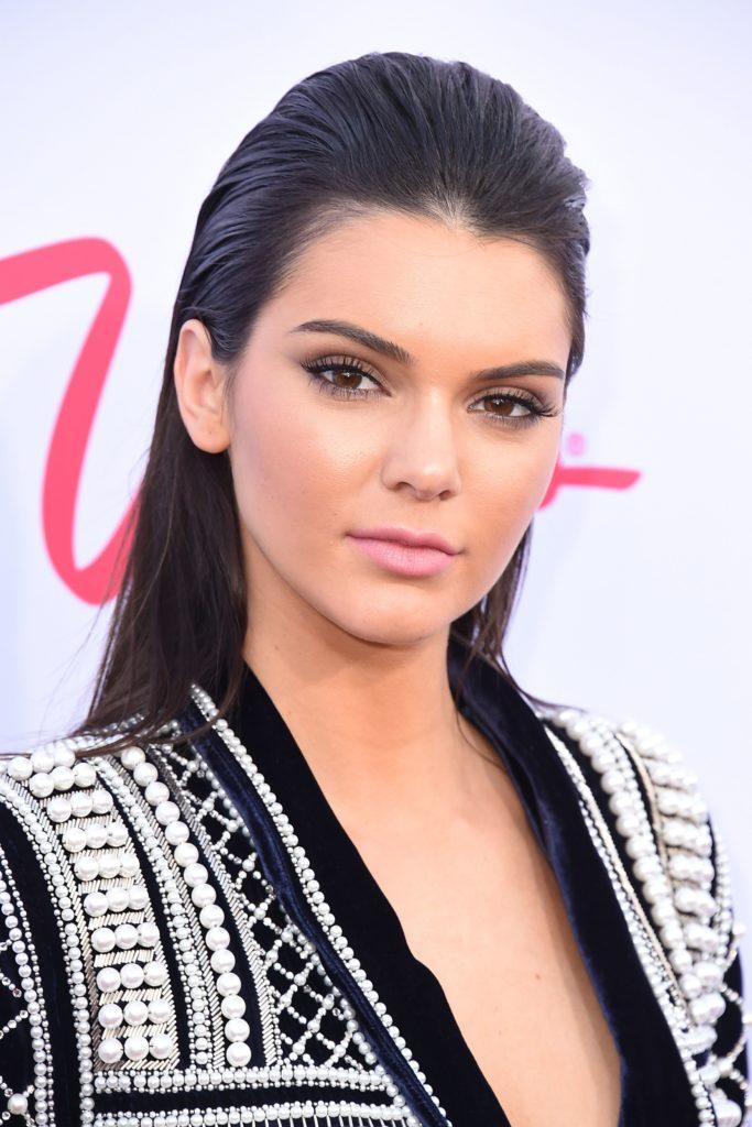 30 Kendall Jenner Hair Looks We Love Kendall Jenner
