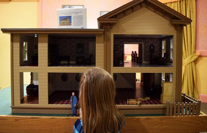 Dollhouse in Mary's Attic