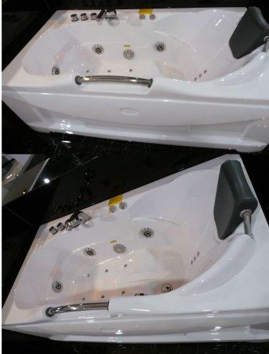 60 Inch White Bathtub Whirlpool Jetted Bath Hydrotherapy