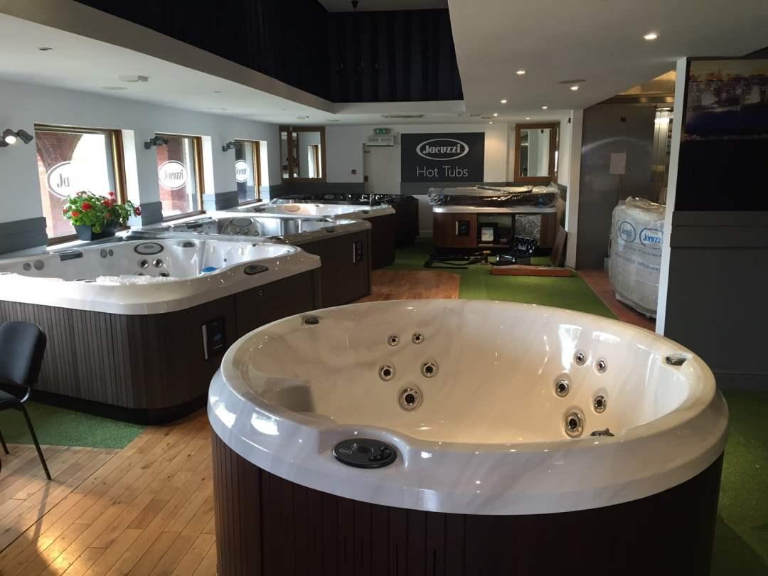 hot tubs west midlands