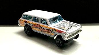 Hot-Wheels-2019-Chevy-Nova-Wagon-Gasser-3