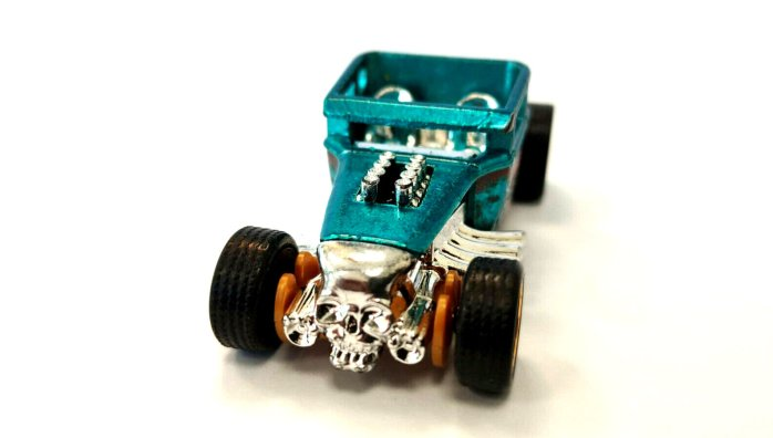 Hot-Wheels-id-Bone-Shaker-001