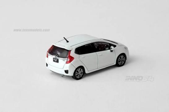 Inno-Models-Honda-Honda-Fit-3-RS-3