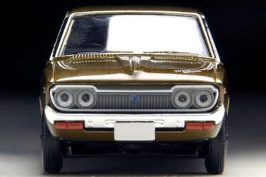 Tomica-Limited-Vintage-Neo-Violet-Nissan-1600SSS-Brown-3
