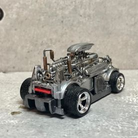 Hot-Wheels-Hyperliner-Rugrat-Custom-Works-009
