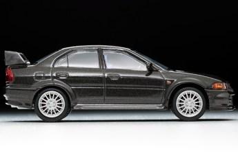 Tomica-Limited-Vintage-Neo-Lancer-GSR-Evolution-VI-Black-3