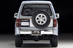Tomica-Limited-Vintage-Neo-Pajero-Super-Exceed-Z-Silver-White-6
