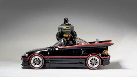 Custom-Hot-Wheels-Batmobile-Honda-CRX-2