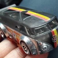 Hot-Wheels-id-Volkswagen-T1-GTR-3