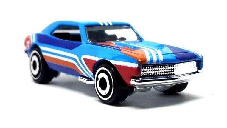 Hot-Wheels-2019-67-Camaro-Treasure-Hunt-003