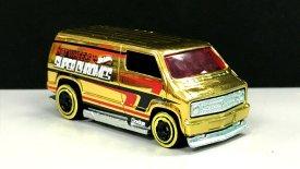 Hot-Wheels-2019- Custom-77-Dodge-Van-Gold-1