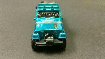 Hot-Wheels-67-Jeepster-Commando-Super-Treasure-Hunt-2020-3