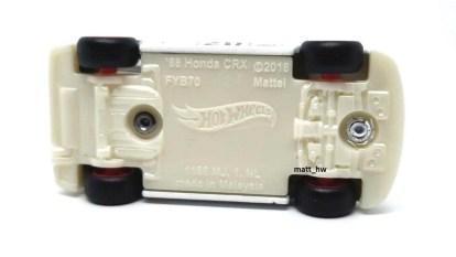 Hot-Wheels-88-Honda-CRX-Super-Treasure-Hunt-2020-010