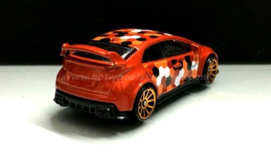 Hot-Wheels-16-Honda-Civic-Type-R-camouflage-003