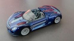 Hot-Wheels-2020-Super-Treasure-Hunt-Porsche-918-Spyder-001