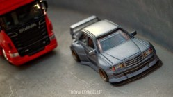 Hot-Wheels-Mercedes-Benz-190E-by-Royale-Syndicate-002
