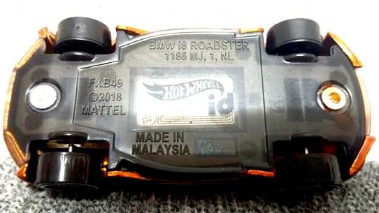 Hot-Wheels-id-BMW-i8-Roadster-004