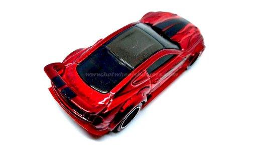 Hot-Wheels-id-Custom-15-Ford-Mustang-005