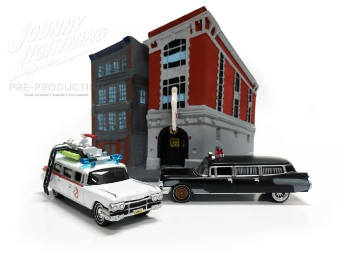 Johnny-Lightning-Ghosbusters-Ecto-1-001