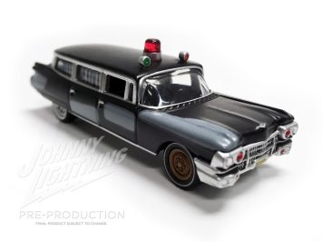 Johnny-Lightning-Ghosbusters-Ecto-1-004