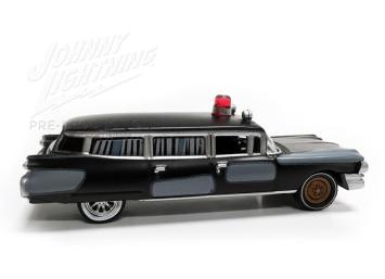 Johnny-Lightning-Ghosbusters-Ecto-1-005